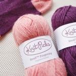 アンクルソック(くるぶしまでの靴下)を、KnitPicksの毛糸で編みました