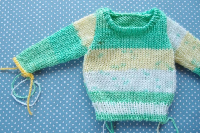 小さいセーター