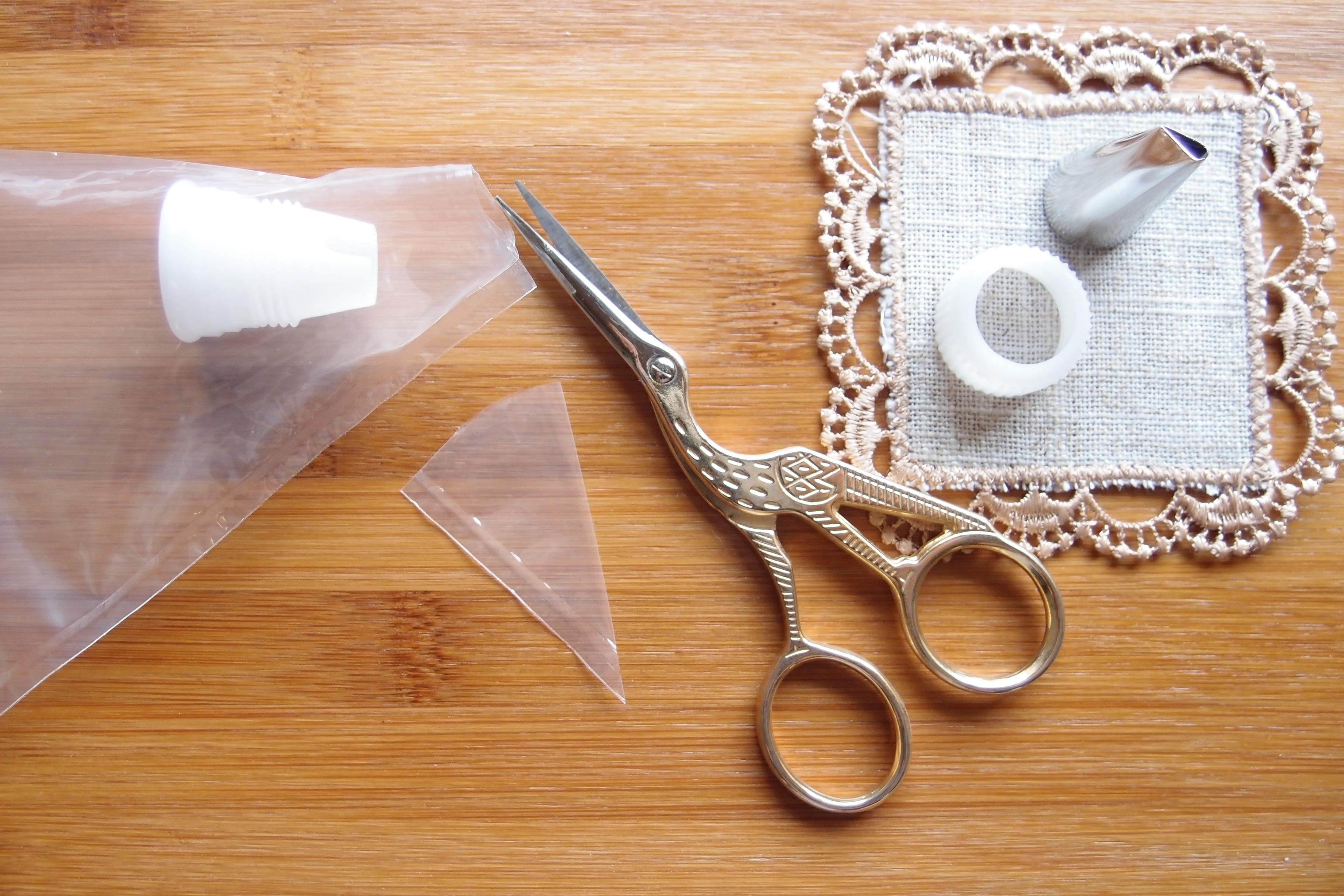 絞り袋にカップラーを取り付けるための簡単な方法