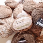 所有している毛糸の数を把握する→意外とたくさんあることに気付く→反省する