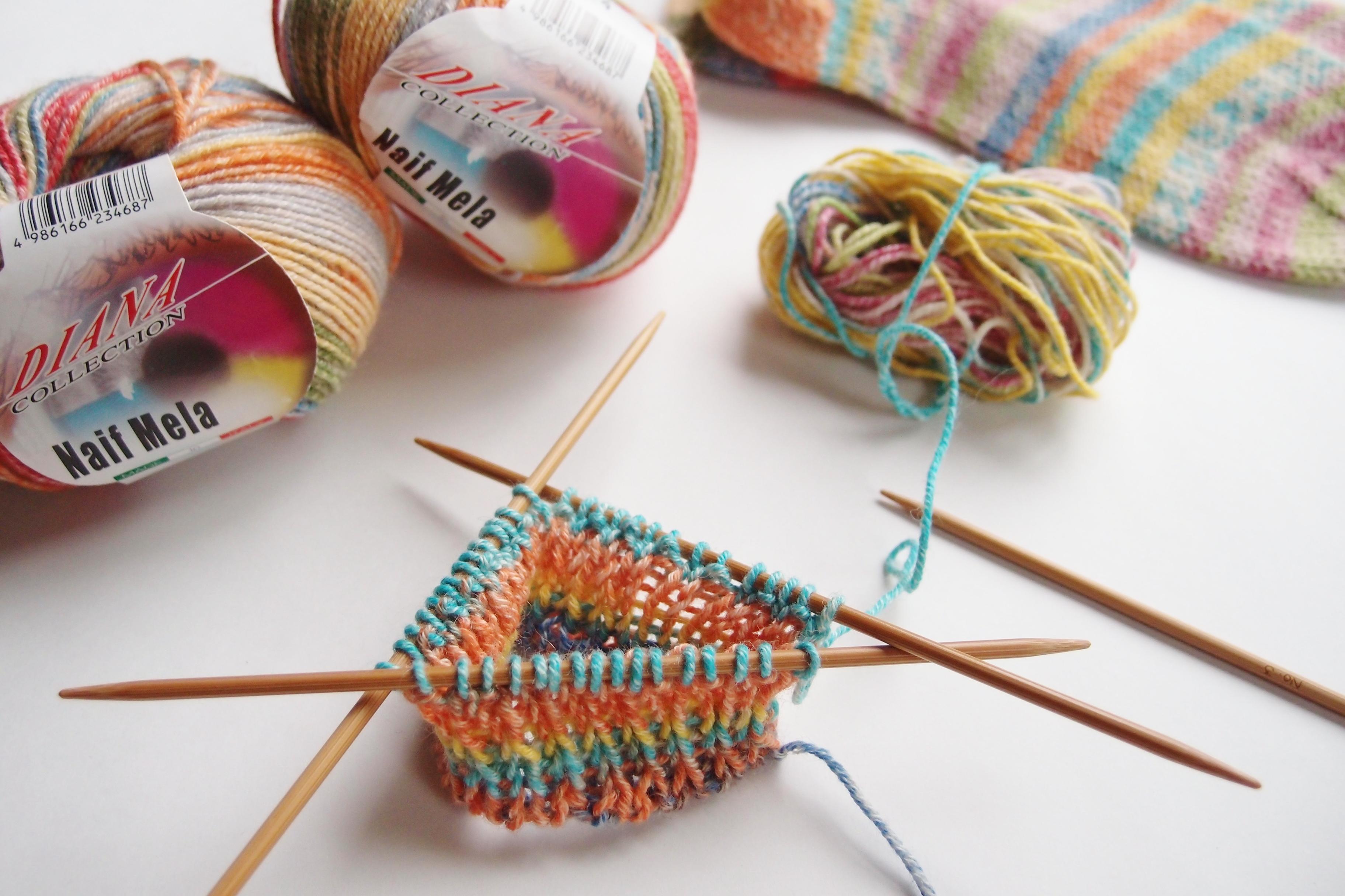 またまたまた、くるぶしの靴下を編みました・・・
