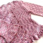 『世界の編み物』から、編み物教室で初めて編んだ春夏用のカーディガン