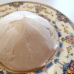 軽い食感なのにコクがあっておいしいバタークリームの作り方 (カップケーキの作り方 その6)
