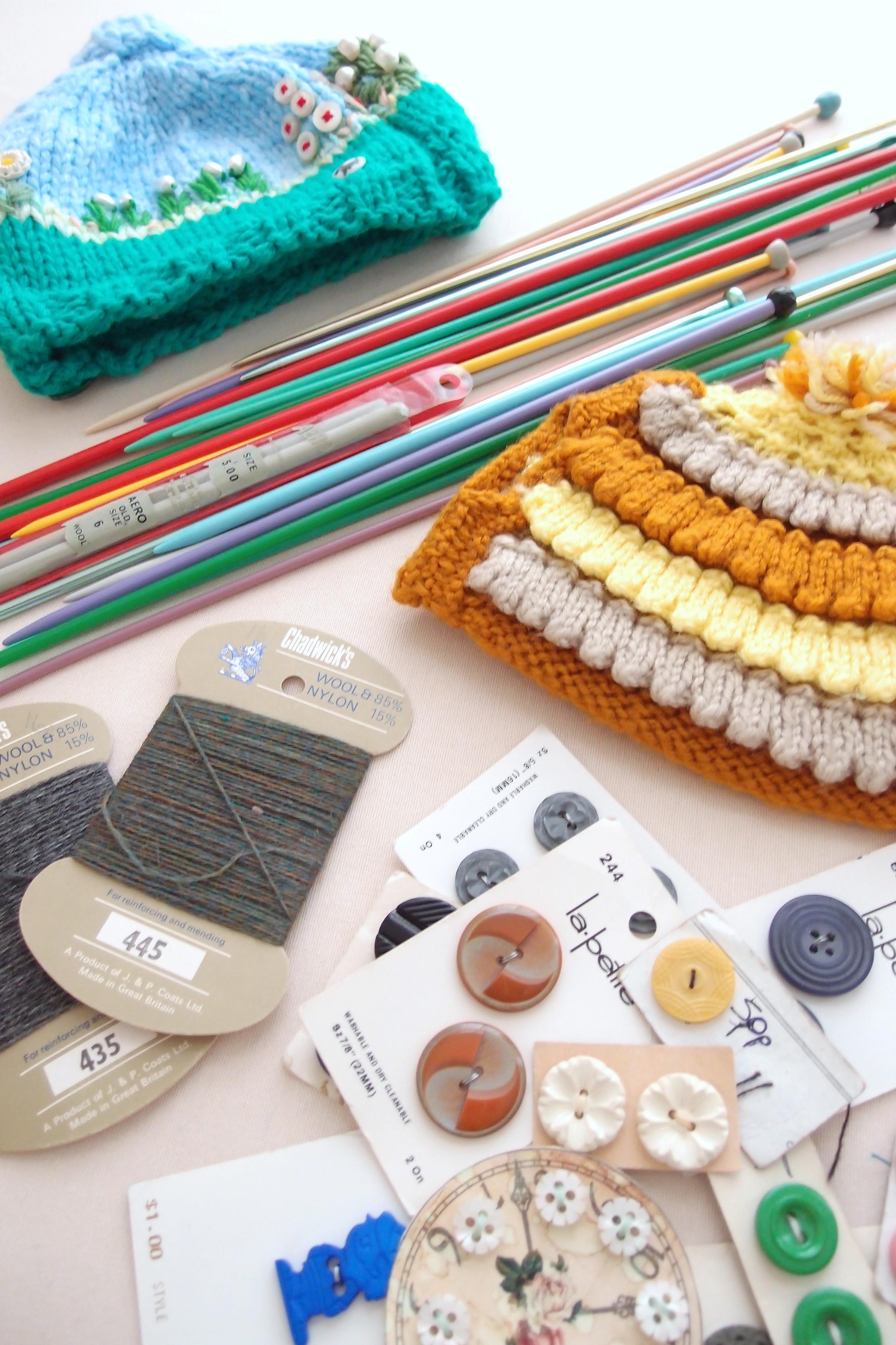 カーブーツセール(フリーマーケット)の戦利品その1:編み物のグッズ編