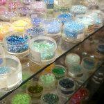 【イギリス】北ロンドンの手芸屋さん、The London Bead Co. Ltd. & Delicate Stitches ースワロフスキーから毛糸まで、手芸に関する商品が何でもそろいます!