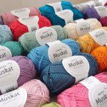 ヨーロッパで人気の Drops Yarn(ドロップスヤーン)を大人買いしてしまいました^^;