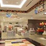 【ドイツ】Mall Of Berlin 内の idee. やっぱり物作りが好きな人には天国のような場所だと思います(笑)