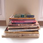 イギリスで購入した英語の編み物本。70~80年代のものが特に気にいっています