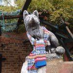 ロンドンの街中で見つけた編み物の作品や道具その1 ー屋外編ー