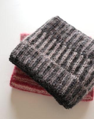 ブリオッシュ編みのスヌード再び・・・だけど糸が少し足りなかった(泣)