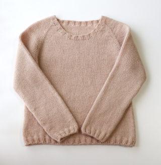 【とじ・はぎなし!】ネックから編むトップダウンのラグランセーターの編み方 その1