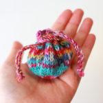 【Ravelry】Opal の余り糸で、とっても小さい Treasure Pouch を編みました