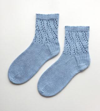 【Ravelry】Spiral Lace Socks を編みました&短めの靴下を編むときに大事なことを、一つ学びました