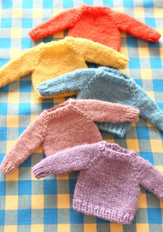 【動画あり】ミニチュアセーターの編み方。ソックヤーンの余り糸で編めます!